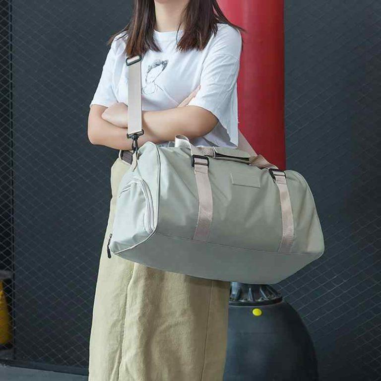 Portable-Waterproof-Sports-Fitness-Bag-Training-Gym-Bags-Large-Capacity-Travel-Organizer-LuggageFitness-Bag-Storage-Bag.jpg_q50 (3)