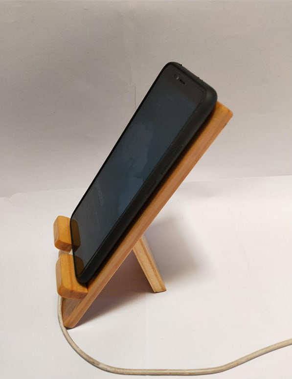 StandeeWood Phone Holder (4)